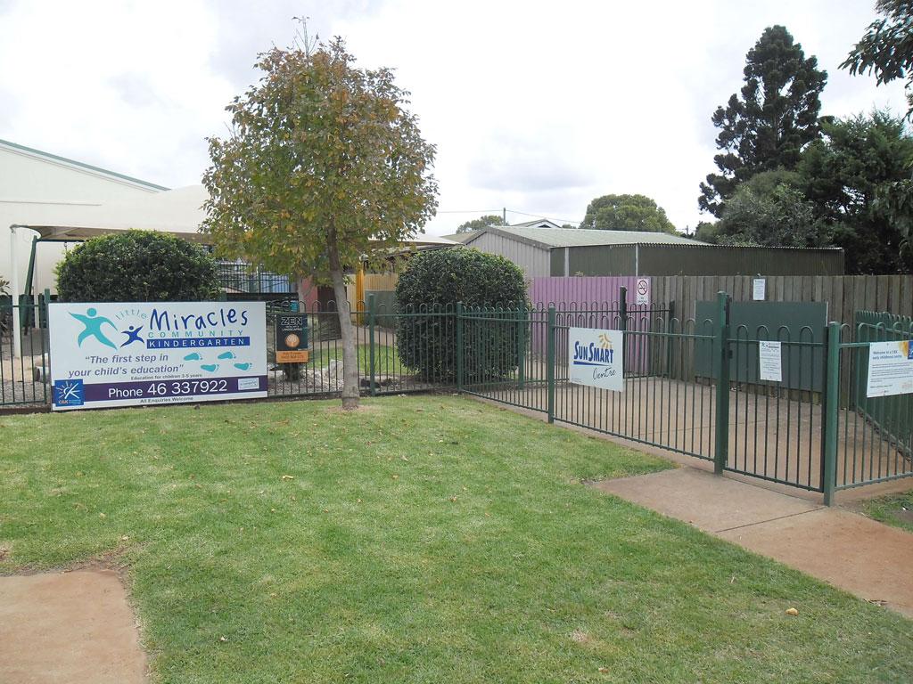 Little Miracles Community Kindergarten Toowoomba Front Signage